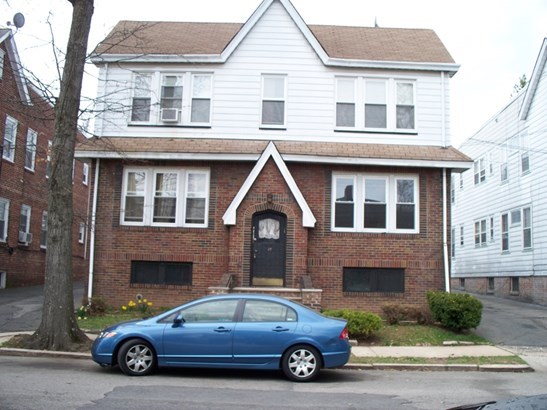Fourplex, 2-Two Story, Multi-Family - Newark City, NJ (photo 2)