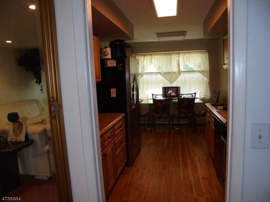 Split Level, Single Family - Maplewood Twp., NJ (photo 5)