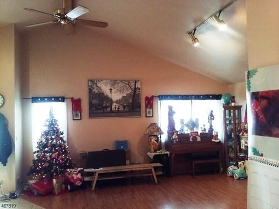 Custom Home, Ranch, Single Family - Rahway City, NJ (photo 3)
