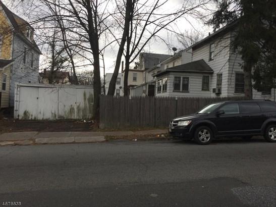 Colonial, Single Family - Newark City, NJ (photo 3)