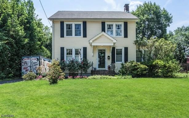 Colonial, Single Family - North Plainfield Boro, NJ (photo 1)