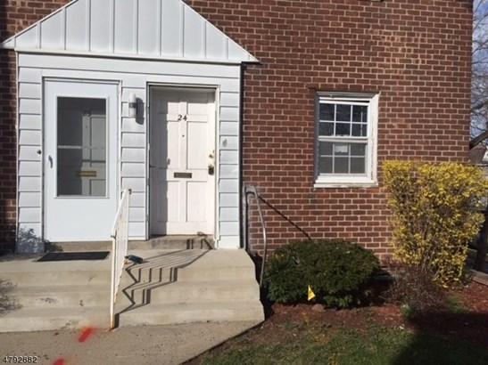 Townhouse-End Unit, Multi Floor Unit, Single Family - City Of Orange Twp., NJ (photo 2)