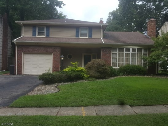 Split Level, Single Family - Springfield Twp., NJ (photo 2)