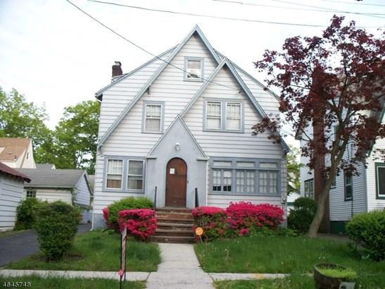 A-Frame, Colonial, Single Family - Newark City, NJ (photo 1)