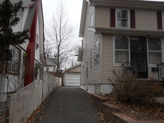 Colonial, Single Family - East Orange City, NJ (photo 4)