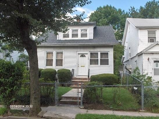 Colonial, Single Family - Irvington Twp., NJ (photo 2)