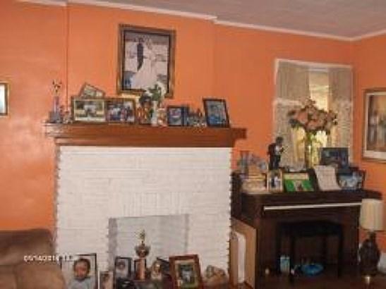 Colonial, Single Family - Irvington Twp., NJ (photo 4)