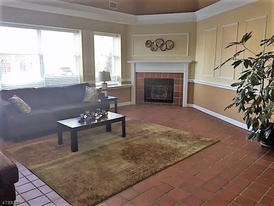 Single Family, Duplex, Multi Floor Unit - Pompton Lakes Boro, NJ (photo 3)