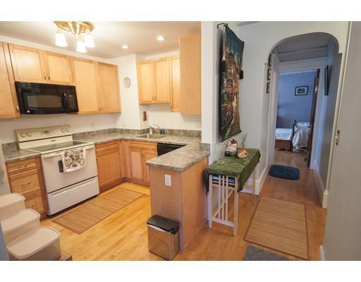 1080 Beacon St, Brookline, MA - USA (photo 4)