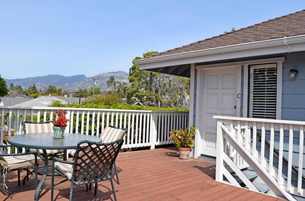 1727bath, Santa Barbara, CA - USA (photo 1)