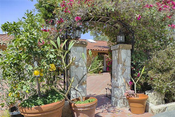 785 Charlotte, Santa Barbara, CA - USA (photo 3)