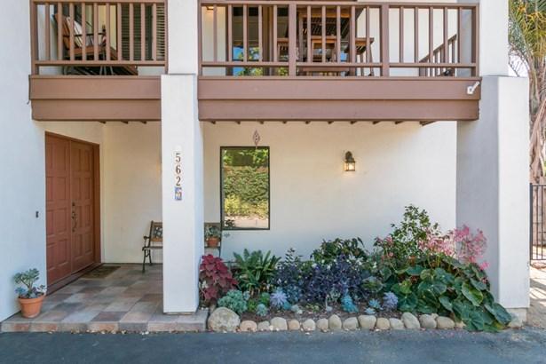 562 Apple Grove, Santa Barbara, CA - USA (photo 2)