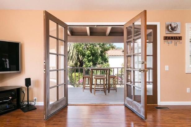 562 Apple Grove, Santa Barbara, CA - USA (photo 5)