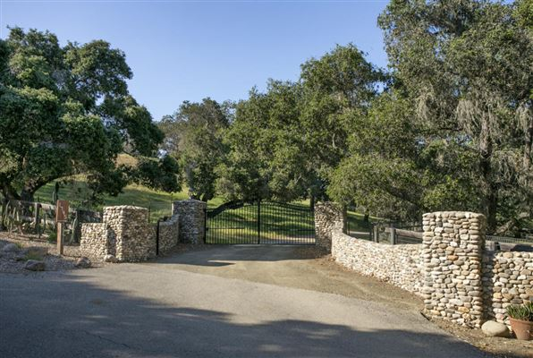 915 Canyon Ridge, Solvang, CA - USA (photo 2)