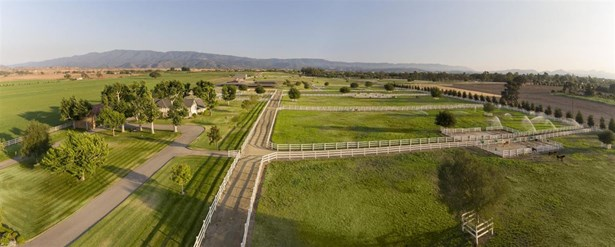 3720-3800 Baseline, Santa Ynez, CA - USA (photo 1)