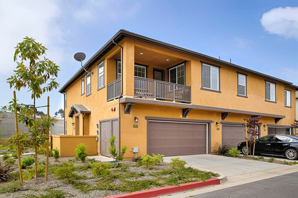 6603fathom, Goleta, CA - USA (photo 1)
