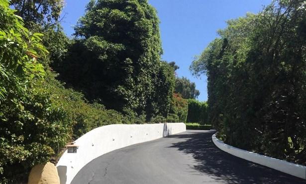 2979 Eucalyptus Hill, Santa Barbara, CA - USA (photo 2)