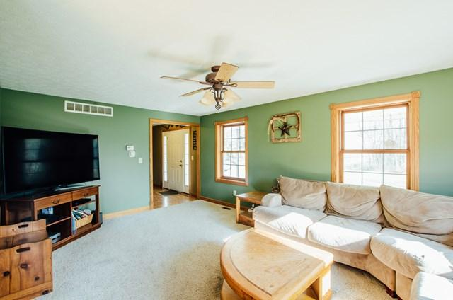 1726 Smart Road, Lucas, OH - USA (photo 2)