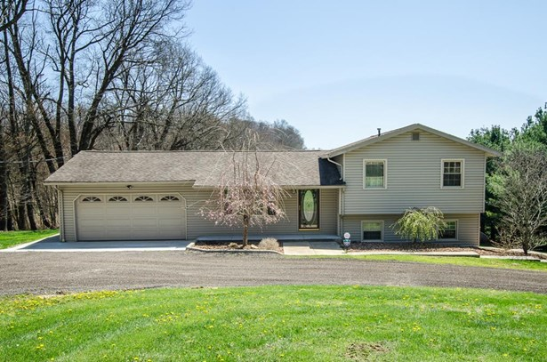 1302 Hathaway Rd., Bellville, OH - USA (photo 1)