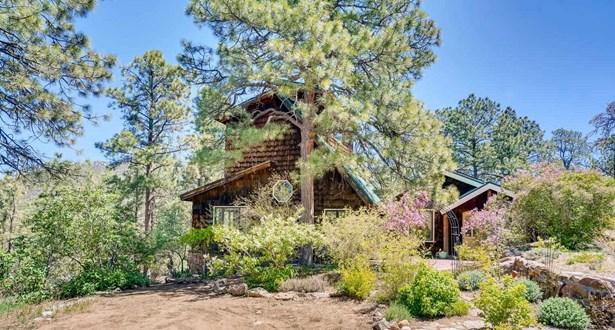 Passive Solar,Ranch, Single Family - Santa Fe, NM