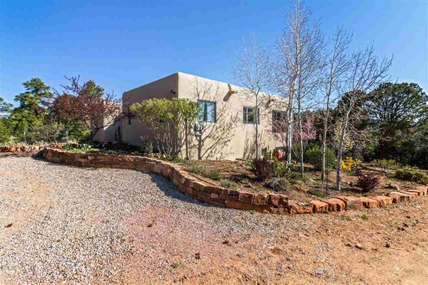 Pueblo,Passive Solar, Single Family - Santa Fe, NM (photo 3)