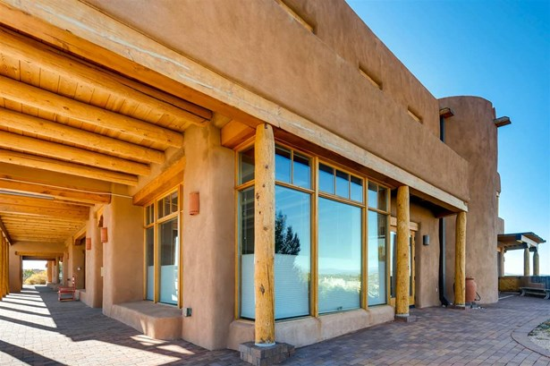 Residential, Multi-Level,Pueblo - Santa Fe, NM (photo 1)