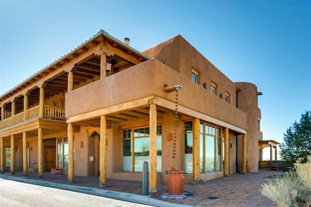 Residential, Multi-Level,Pueblo - Santa Fe, NM (photo 2)