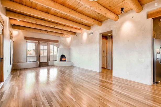 Residential, Multi-Level,Pueblo - Santa Fe, NM (photo 5)