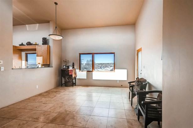 Condo, Contemporary - Santa Fe, NM (photo 5)