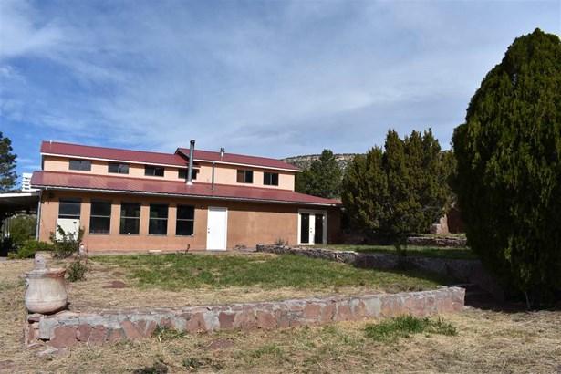North New Mexico, Single Family - Las Vegas, NM (photo 4)