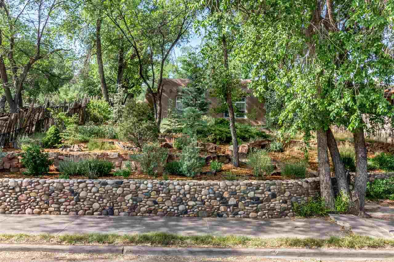 Pueblo, Single Family - Santa Fe, NM (photo 2)