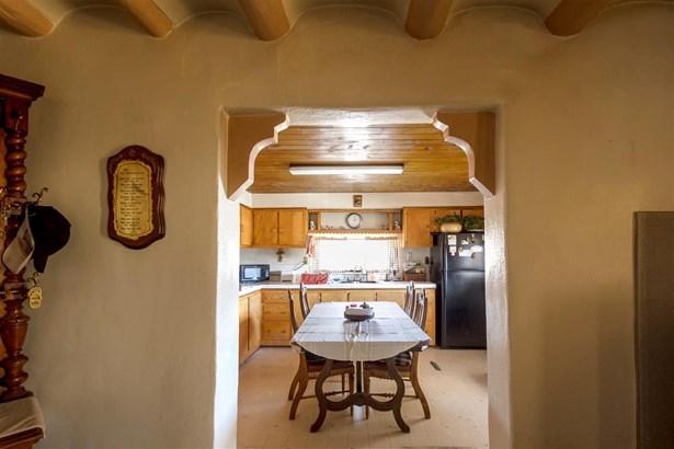 Ranch, Single Family - Santa Fe, NM (photo 3)