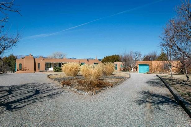 Pueblo,Passive Solar, Single Family - La Mesilla, NM (photo 5)