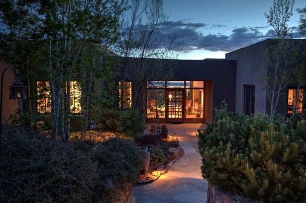 Contemporary, Single Family - Santa Fe, NM (photo 2)