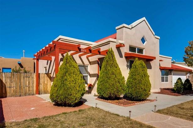 Passive Solar, Single Family - Santa Fe, NM (photo 3)