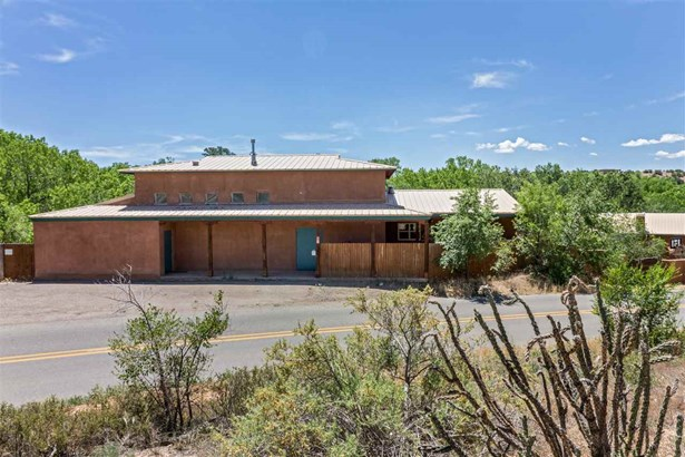 North New Mexico,Pueblo, Single Family - Santa Fe, NM (photo 1)