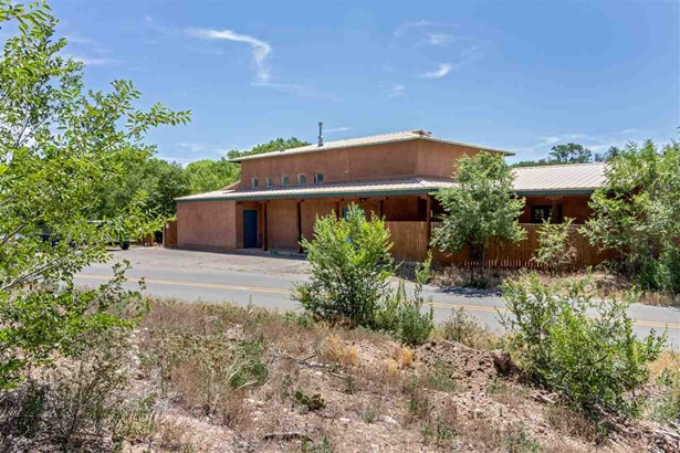 North New Mexico,Pueblo, Single Family - Santa Fe, NM (photo 2)