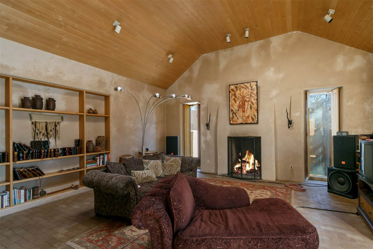 North New Mexico,Pueblo, Single Family - Santa Fe, NM (photo 2)