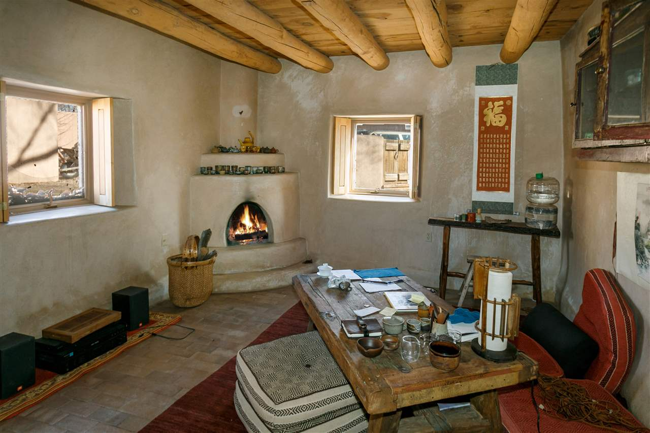 North New Mexico,Pueblo, Single Family - Santa Fe, NM (photo 4)