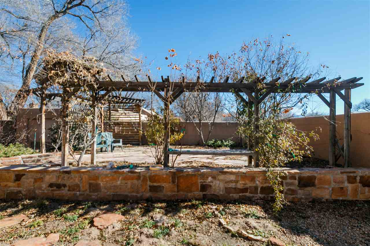 North New Mexico,Pueblo, Single Family - Santa Fe, NM (photo 5)