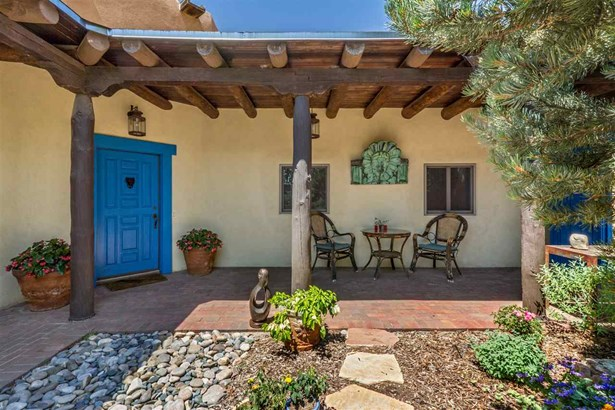 Pueblo, Single Family - Santa Fe, NM (photo 3)