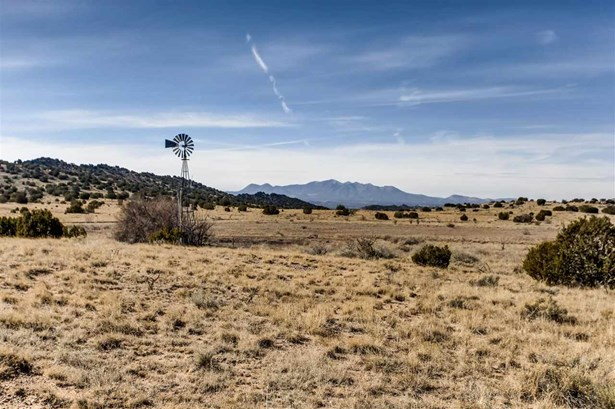 Ranch, Pleasure - Galisteo, NM (photo 3)