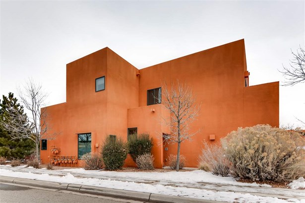 Condo, Contemporary - Santa Fe, NM
