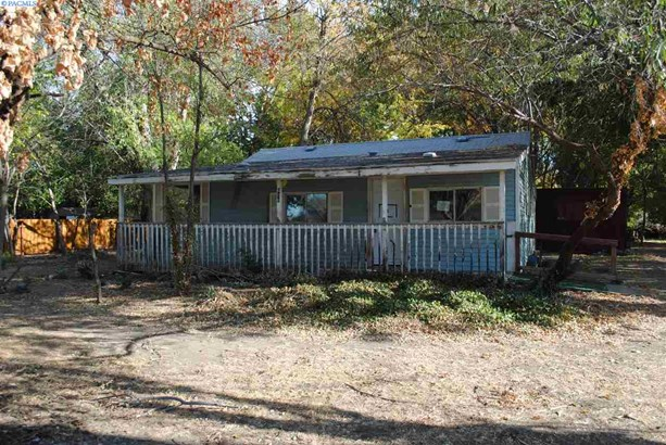1 Story, Single Family - West Richland, WA