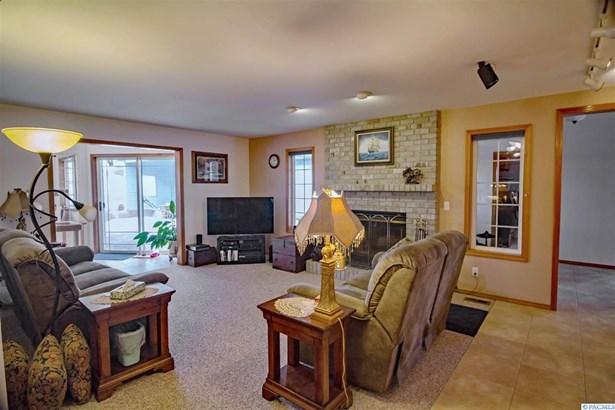 1 Story W/ Bonus Room, Single Family - Kennewick, WA (photo 5)