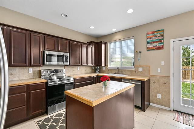 17035 East 102nd Place, Commerce City, CO - USA (photo 3)