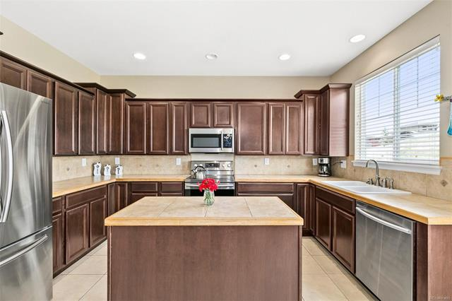 17035 East 102nd Place, Commerce City, CO - USA (photo 4)