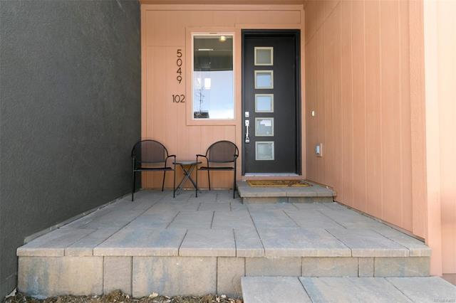5049 Valentia Street - 102 102, Denver, CO - USA (photo 2)