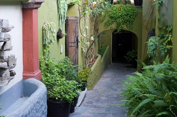 30 Hospicio, San Miguel De Allende - MEX (photo 2)
