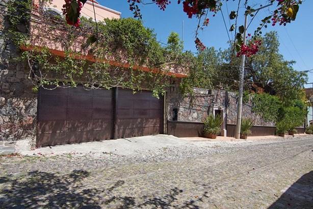 12 Faroles, San Miguel De Allende - MEX (photo 2)